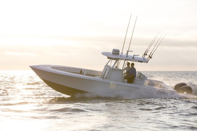 Sportfischer mit SIMRAD Marine Elektronik